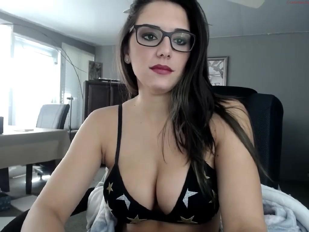 Alycetn http://www.camshooker/videos/95436/justine-christine